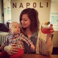 Nina pizza avec tante Anne à 3ans #freethebaby