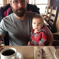 Déjeuner au resto avec notre petite merveille de 3 mois et demi!! #freethebaby