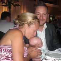 Bébé 1 1 mois dans un mariage #freethebaby
