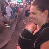 #freethebaby Time Square à 2 mois de vie