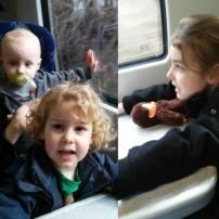 sortie en famille a Glasgow avec les trois loulous, en train tout le monde est content